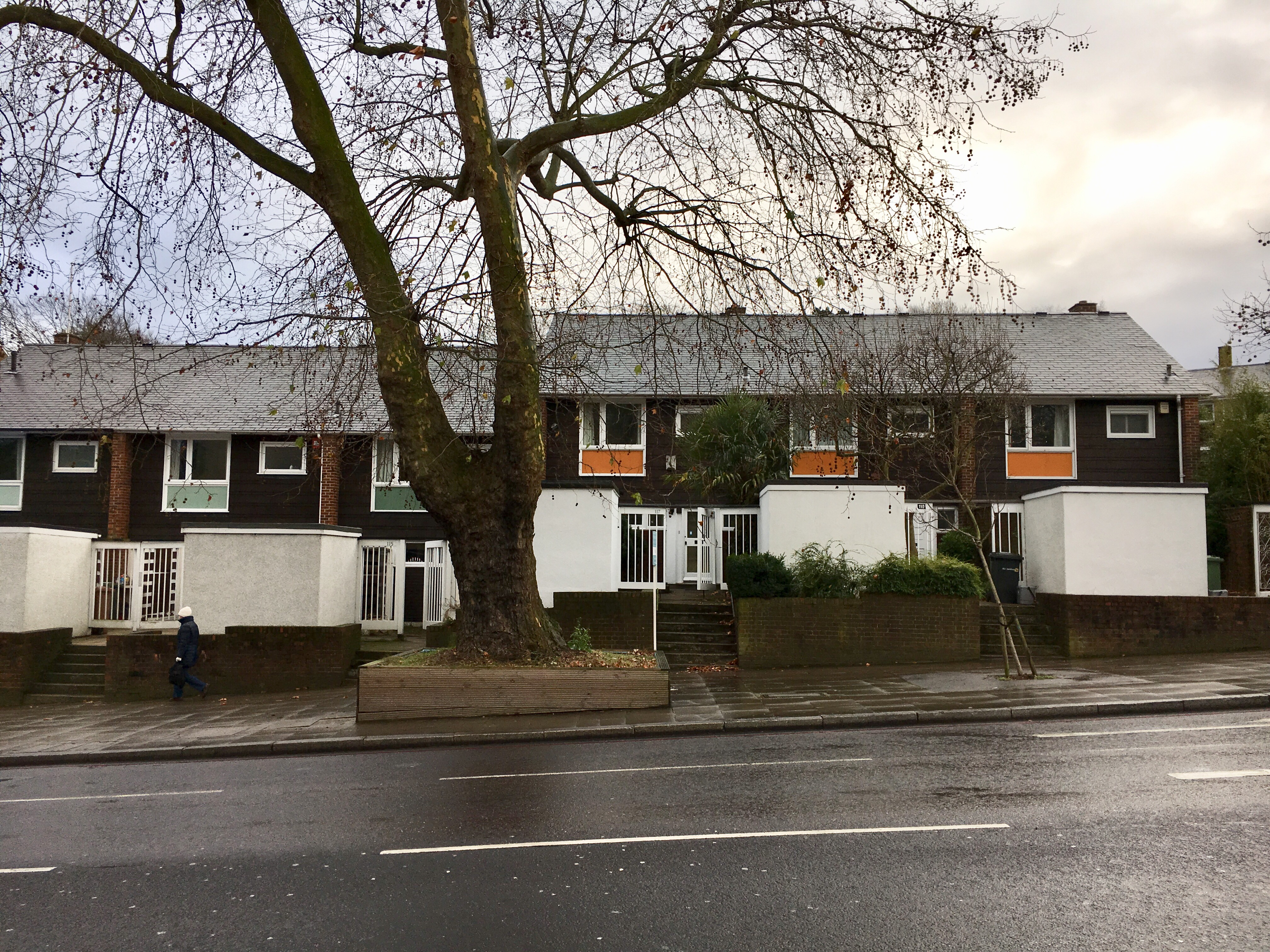 Having Passed This Row Of Houses A Couple Of Times, I Thought They Were  Interesting Looking With Their Funny Boxed In Front Gardens And Brightly  Coloured ...